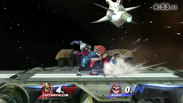 Double-knees are alive and well in Smash 4.