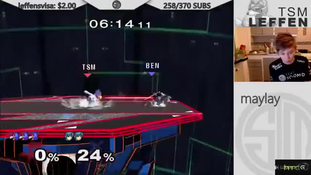 Leffen punishes a shield break