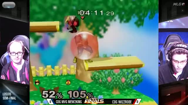 Wizzy with the dizzy double-jump feints to clutch it out | Wizzrobe vs M2K @ MLG Finals 2015
