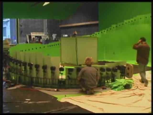 How the Bullet Time scene from The Matrix was made.