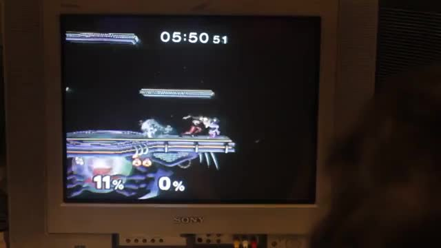 Hax keeps the comeback alive vs Kira at Evo