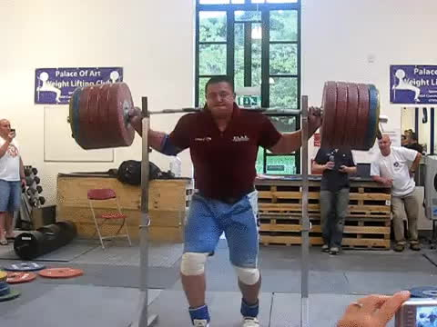 Professional Weight Lifter displays extraordinary balance and core strength (x-post r/skillful)