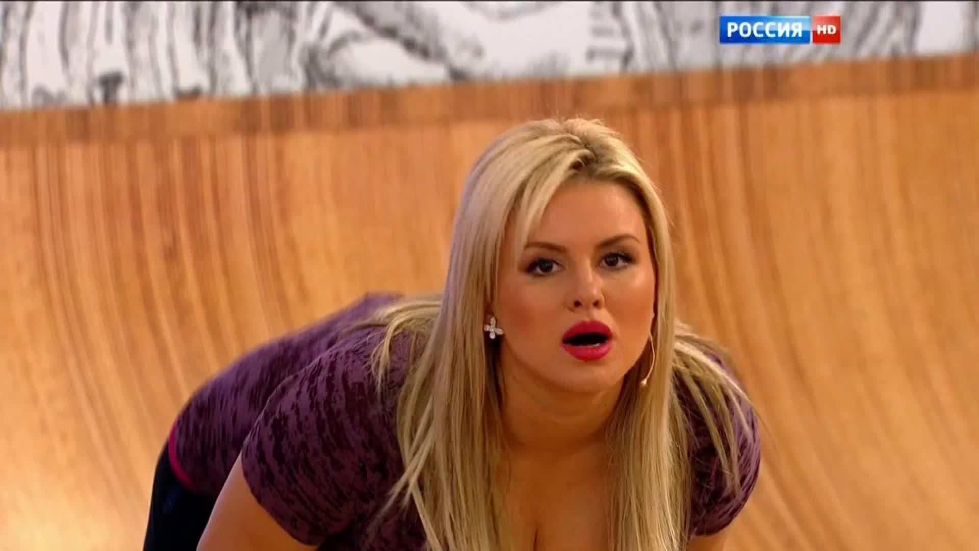 Анна семенович сосет