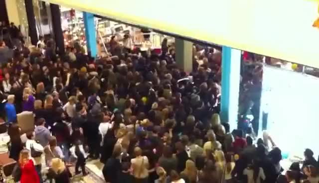 Watch and share Black Friday Crowd Rushing Into Urban Outfitters GIFs on Gfycat