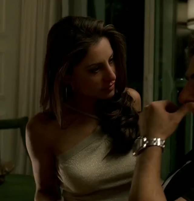 alicia Loren : HBO : The Sopranos : Gyfcat : Gif : 1990's : Television