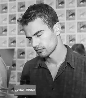 Watch tobias eaton GIF on Gfycat. Discover more alléguant, dauntless, divergent, divergent saga, divergente, divergente saga, four, insurgent, love tobias, quatre, shailene woodley, theo james, tobias eaton, tris prior, veronica Roth GIFs on Gfycat