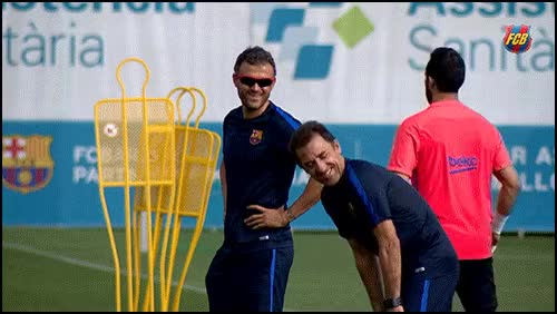 Watch Luis enrique GIF by @juanjo on Gfycat. Discover more Funny, funnygifs, gifs GIFs on Gfycat