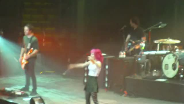 Watch Paramore 2010 GIF on Gfycat. Discover more paramore, slygifs, williams GIFs on Gfycat