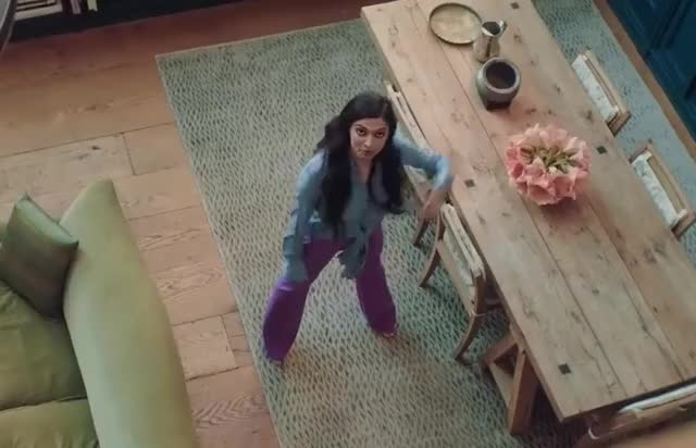 Watch this dance GIF by Grower of GIFs (@gifgrower) on Gfycat. Discover more 73, actress, bollywood, dance, dancing, deepika, fashion, floss, funny, hilarious, indian, lol, meets, model, moves, new, padukone, questions, vogue, york GIFs on Gfycat