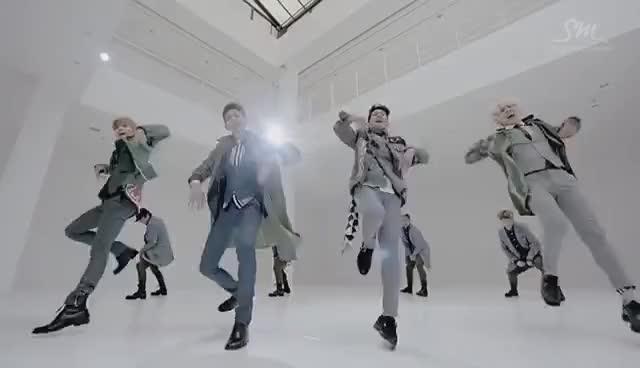 Watch and share Shinee GIFs and Taemin GIFs on Gfycat
