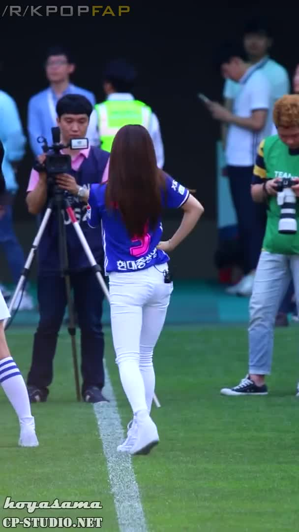 Watch and share 160619 Apink Chorong 6 GIFs by Chomifap on Gfycat