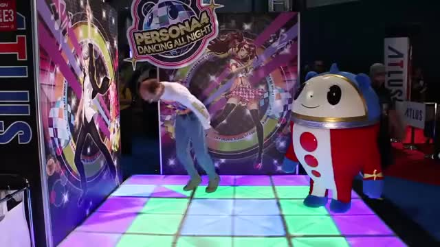 Watch and share Persona GIFs and Teddie GIFs by ktr4ks on Gfycat