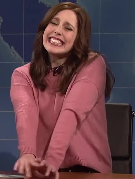 GIF Brewery, face, flirt, funny, live, look, night, saturday, shy, smile, snl, Shy flirty face GIFs