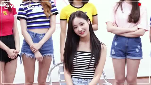 Watch and share Lee Dabin GIFs and Momoland GIFs by yeunwoos on Gfycat