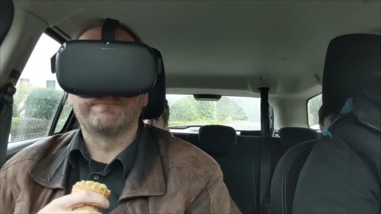 icecream, oculus quest, virtual reality, vr-legion, Oculus Quest: Eating Icecream GIFs