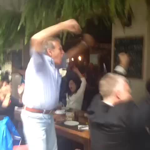 Watch and share Reaccion Uruguayos Mexico GIFs on Gfycat