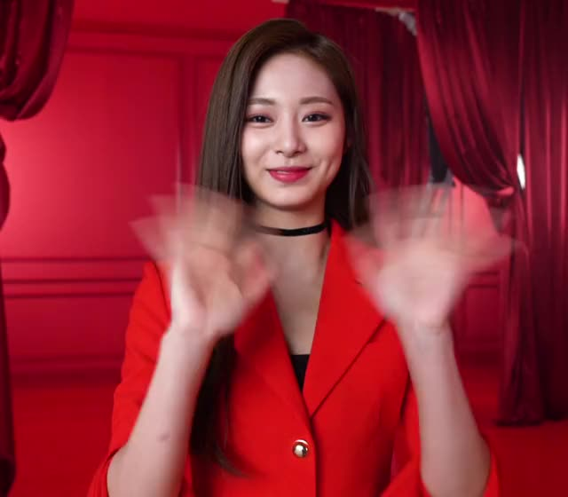 Watch and share Twice GIFs and Tzuyu GIFs by Blueones on Gfycat