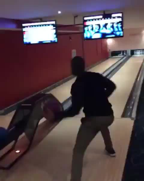 Watch and share Me At The Bowling Store GIFs by imadragon on Gfycat