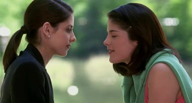 Watch Sarah Michelle Gellar / Selma Blair GIF by shapesus (@politoadmoves) on Gfycat. Discover more cruel intentions, kiss, sarah michelle gellar, selma blair GIFs on Gfycat
