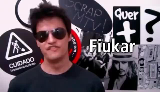 Watch and share Felipe Neto GIFs and Fiuk GIFs on Gfycat