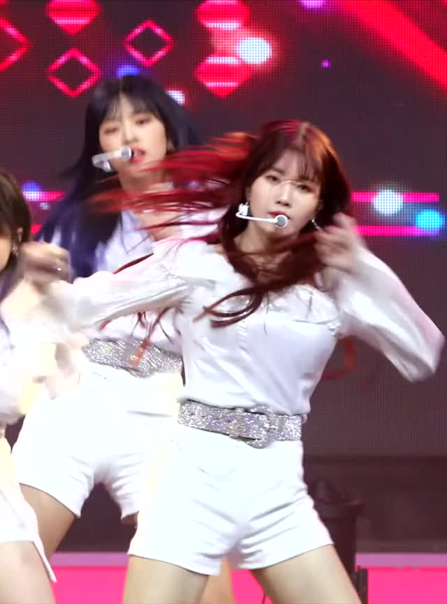Watch and share Eunbi GIFs and Izone GIFs by Atlas of Stars on Gfycat