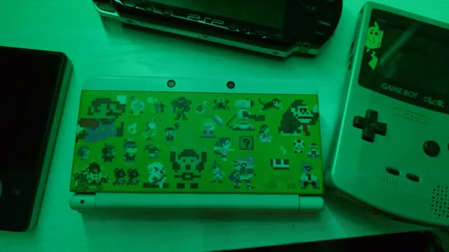 Watch color changing 3ds GIF on Gfycat. Discover more casualnintendo, video games GIFs on Gfycat