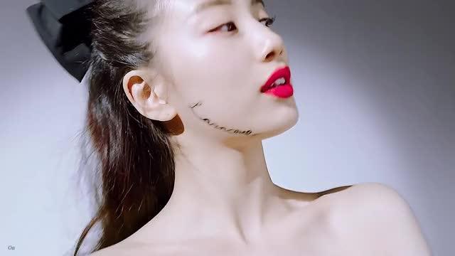 Watch and share Lancome 수지 GIFs on Gfycat