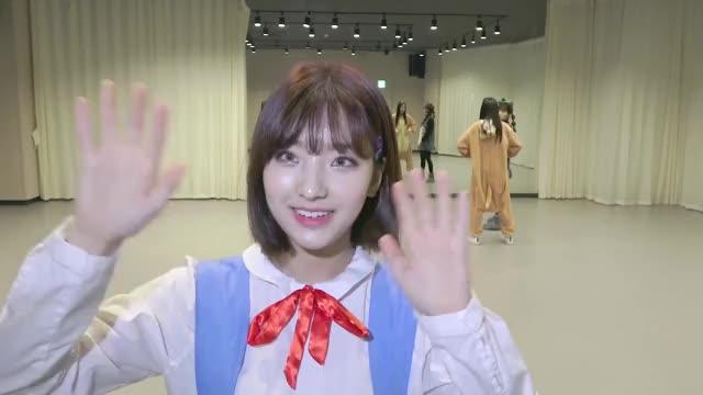 Watch and share Fromisnine GIFs and Lee Saerom GIFs by Kuro | 구로카미 on Gfycat