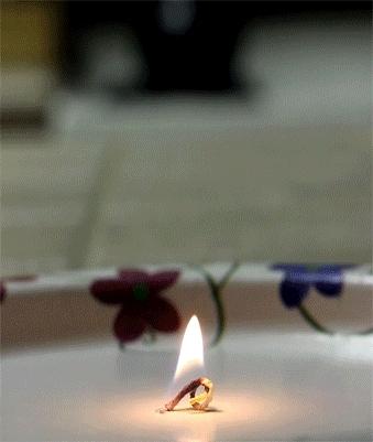 oddlysatisfying, The reverse birthday candle (reddit) GIFs