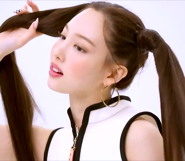 Watch and share Nayeon GIFs by JannisWentTwice on Gfycat