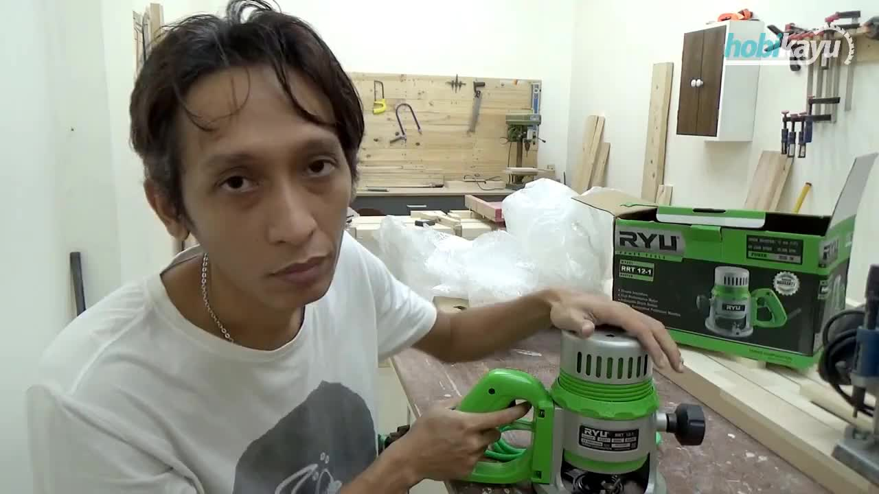 Indonesia, craft, kayu, kerajinan, woodworking, Unboxing RYU RRT 12-1 Router GIFs