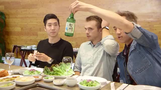 Watch $24 Korean BBQ Vs. $346 Korean BBQ GIF by @originz001 on Gfycat. Discover more buzzfeedvideo, cheap vs expensive, taste test GIFs on Gfycat
