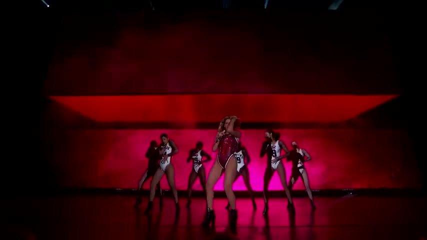 BeyoncePics, beyoncepics, celebs, Beyonce in her jersey GIFs