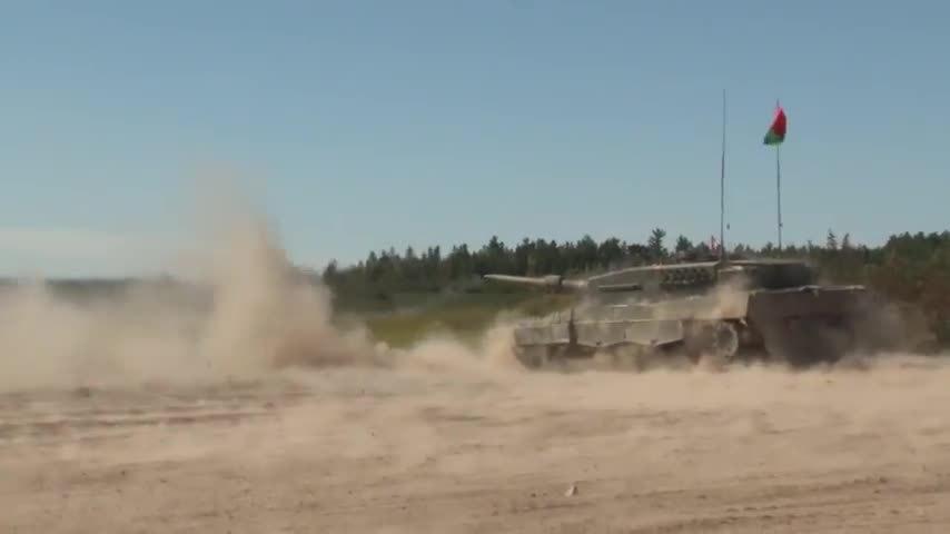 militarygfys, Canadian Forces during Exercise WORTHINGTON CHALLENGE 2015 (reddit) GIFs