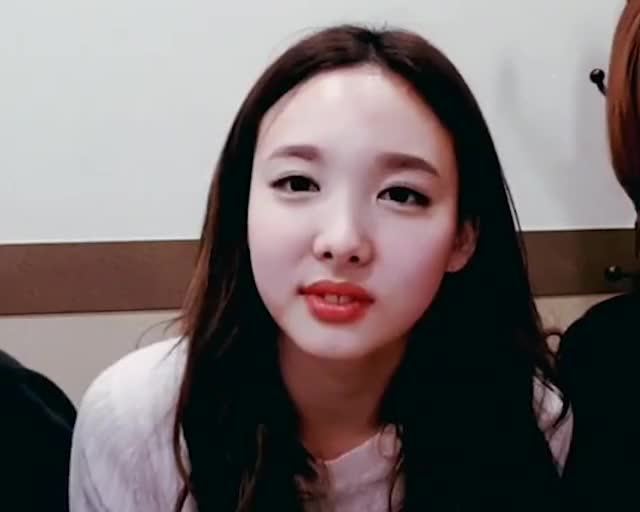 Watch nayeon GIF on Gfycat. Discover more Nayeon, Twice, kpop GIFs on Gfycat