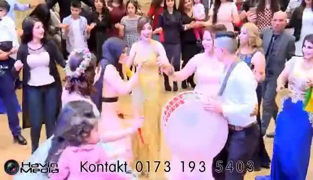 Watch Verlobung Sözdar &egshr Engin part 1 | Greven | Koma Sor | by Havin Media GIF on Gfycat. Discover more Hochzeit, Wedding, YPG, ay, bedil, davet, dawat, havin, hozan, kurdisch, listan, media, midyat, rojhat, studio, urfa, vahld, xeredin, xereydin, zerdest GIFs on Gfycat