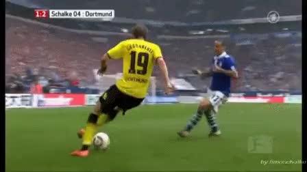 Watch this trending GIF on Gfycat. Discover more Jermaine Jones, Schalke 04, hihihihihihihihihiihihihi GIFs on Gfycat