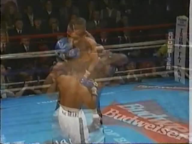 Watch vlc-record-2018-10-12-14h54m12s-1997-03-21 - Roy Jones Jr Vs Montell Griffin I.mkv- GIF on Gfycat. Discover more boxing GIFs on Gfycat