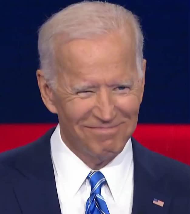 2020, biden, candidate, debate, democratic, elections, haha, hehe, hilarious, ironic, joe, joe biden, laugh, lol, loud, out, president, smile, teeth, white, Joe Biden - LOL GIFs