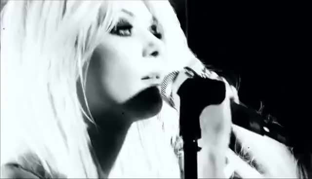 Watch taylor momsen GIF on Gfycat. Discover more taylor GIFs on Gfycat