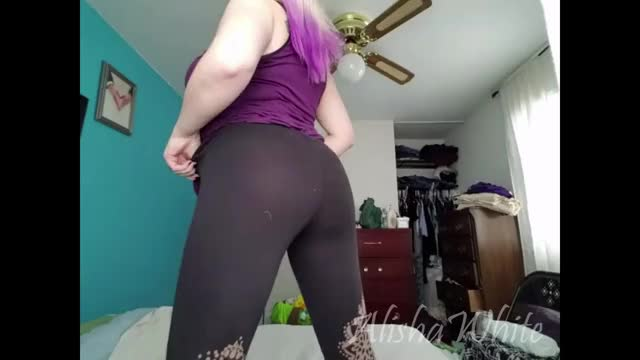 get a custom or premade or with this thick girl's booty!
