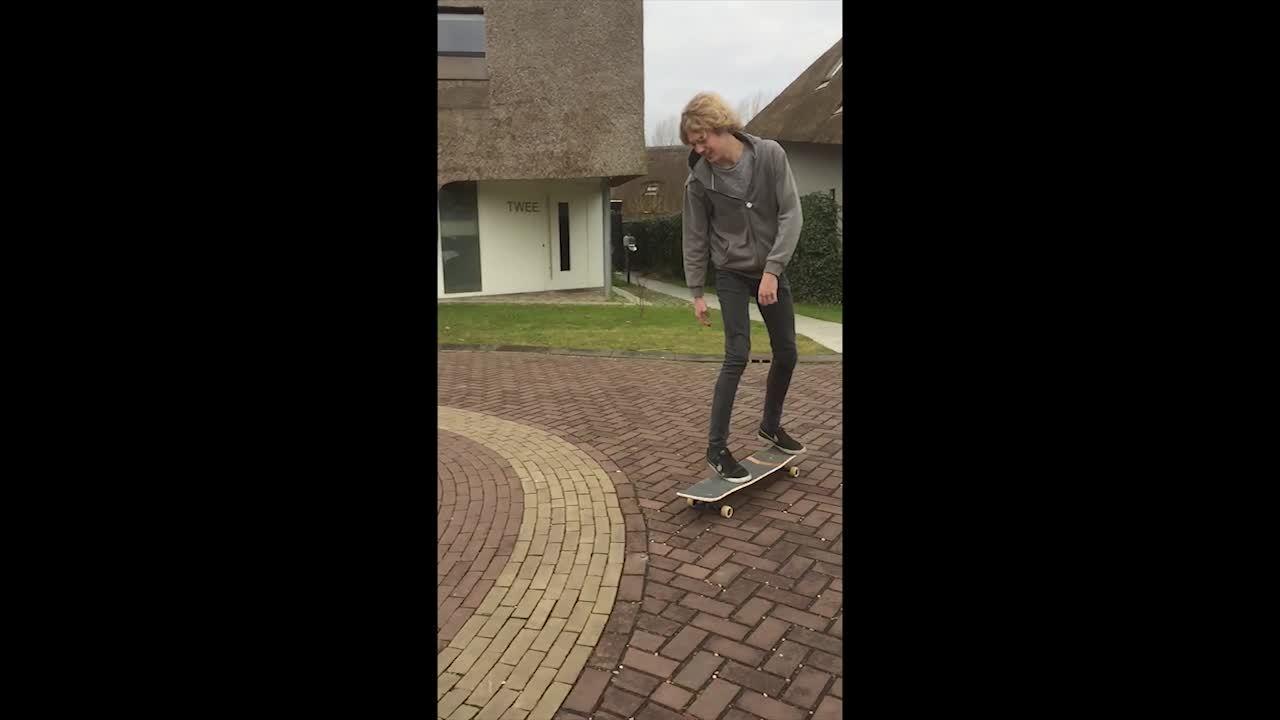 longboarding, Some slow motion tricks. (reddit) GIFs