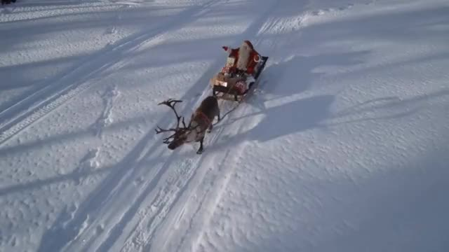 Watch and share Laponie Du Père Noël Vue Du Ciel: Découvrez Le Pays Du Papa Noël En Finlande: Drone Rovaniemi GIFs on Gfycat