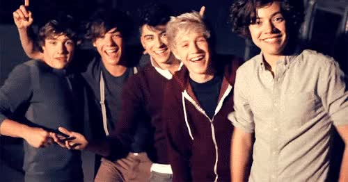 Watch and share Gif Les 1D En Pleins Fou Rire ! GIFs on Gfycat