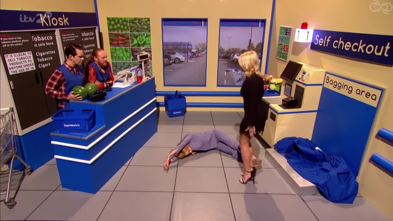 GIF Brewery, TheHollyWilloughby, holly-willoughby-30th-march-2017-hd, Holly Willoughby on Celebrity Juice GIFs
