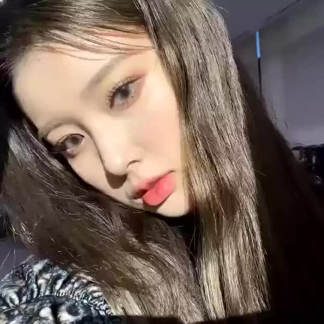 Watch and share Hyewon GIFs and Izone GIFs by Lenox on Gfycat