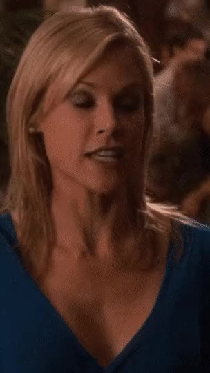 Watch and share Julie Bowen GIFs by o12702710 on Gfycat