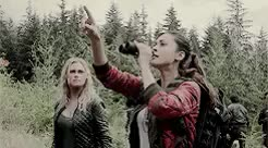Watch and share Princess Mechanic GIFs and Clarke Griffin GIFs on Gfycat
