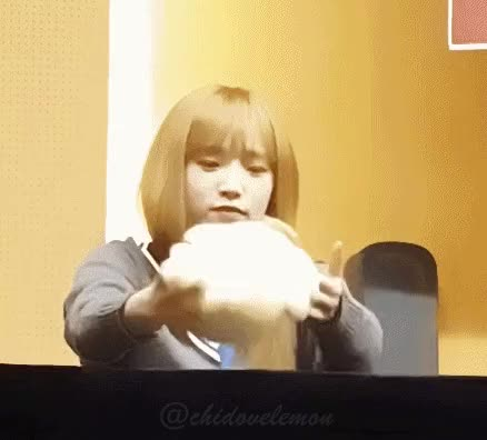 Watch and share Yena GIFs by Ley Ni on Gfycat