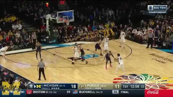Watch Wagner Hedge Mathias Turnover GIF by MGoBlog (@mgoblog) on Gfycat. Discover more 2017-18, 2018 Big Ten Tournament, Basketball, Defense, Michigan, Moe Wagner, Moritz Wagner, Purdue GIFs on Gfycat